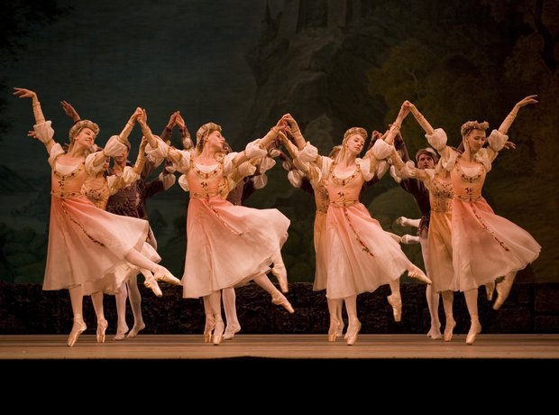 Swan Lake performed by the Mariinsky Opera and Bal