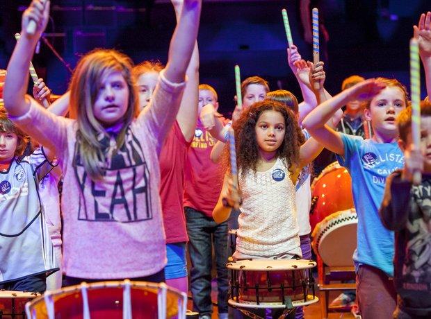 Marshfield Taiko schools prom rehearsal 6