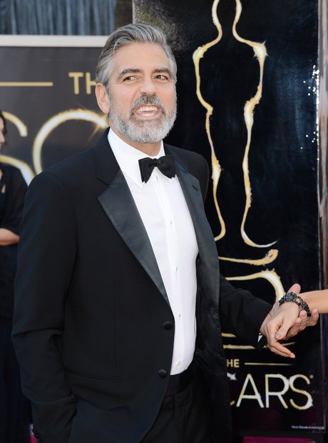George Clooney at the Oscars 2013 red carpet