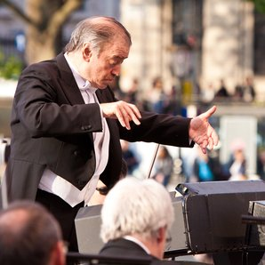 London Symphony Orchestra on Trafalgar Square