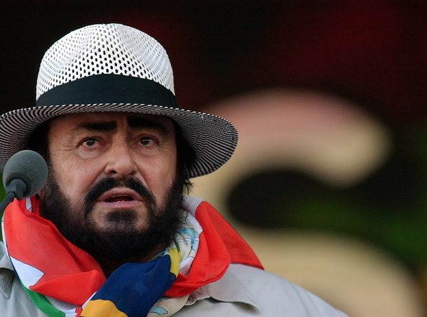 pavarotti album guide