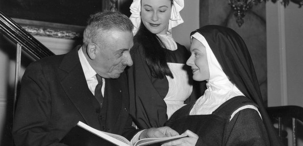 Poulenc and cast of Dialogue des Carmelites