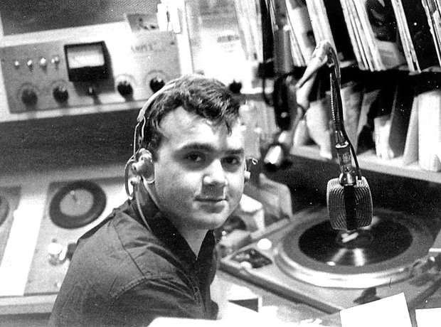 Keith Hampshire DJ singer