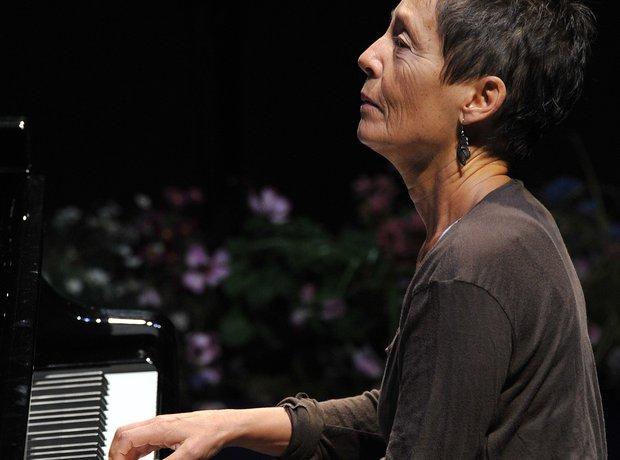 Maria João Pires pianist Portuguese