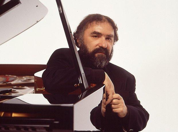 Radu Lupu pianist
