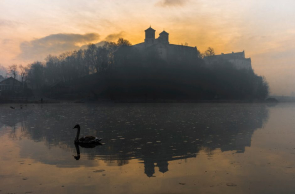 Tyniec Abbey swan sunset
