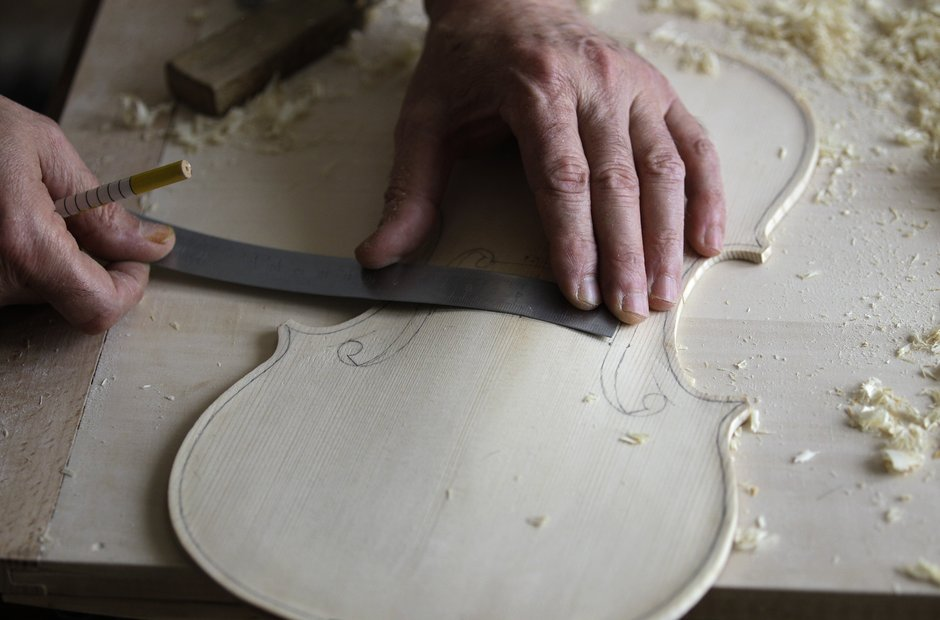 Violin Making - f-holes