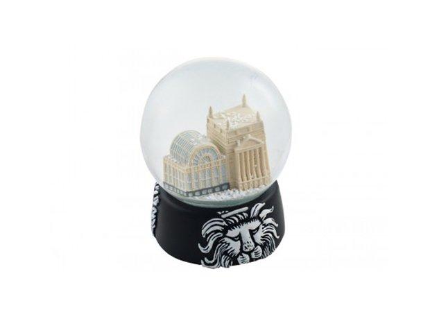 ROH snow globe