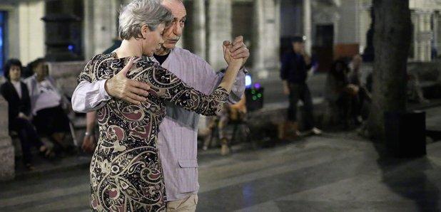 Tango couple Cuba